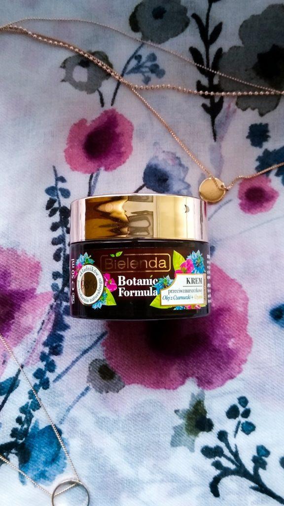 krem Bielenda przeciwzmarszczkowy olej z czarnuszki i czystek